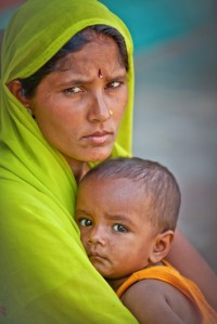 afgan woman and child